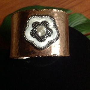 Jewelry - Copper cuff nwt
